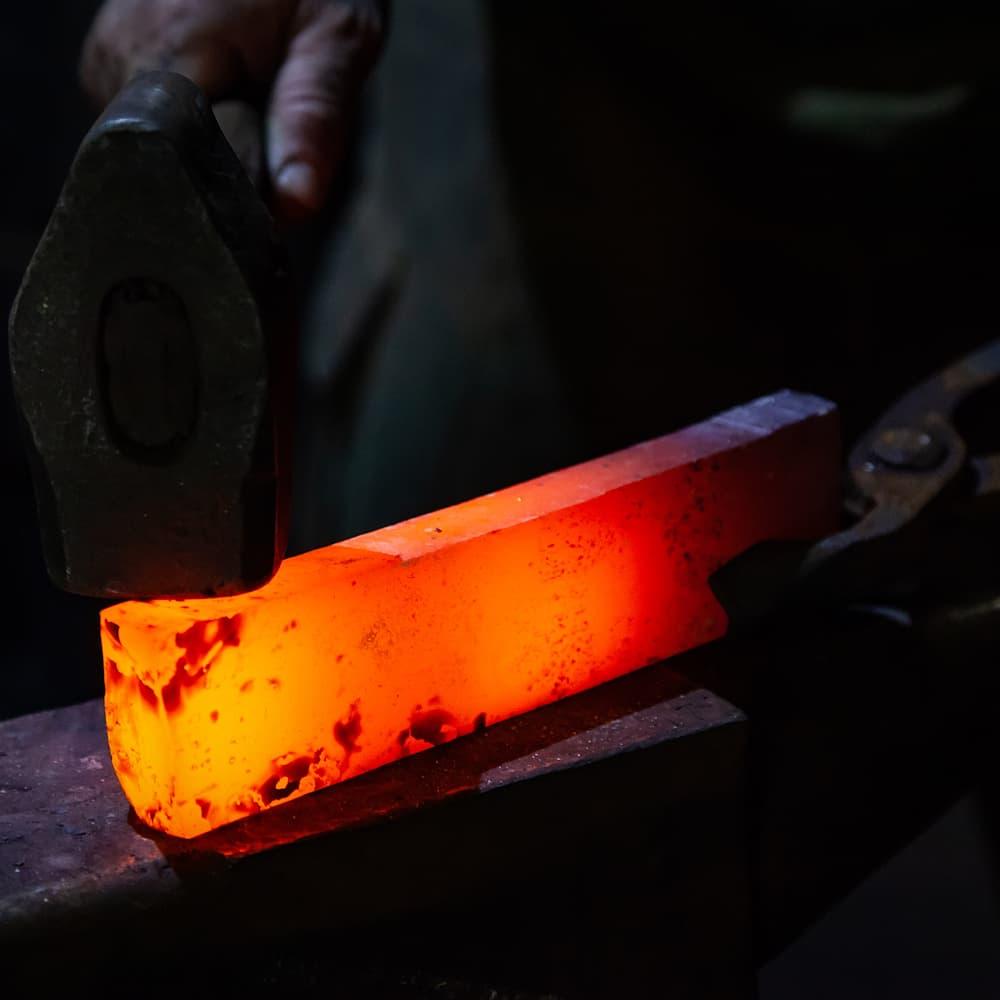La métallurgie du sabre japonais (bien choisir son katana, 1ʳᵉ partie)